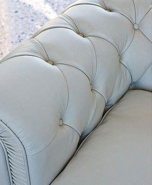 Перетяжка офисного кресла кожей