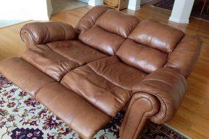 Перетяжка дивана кожей в Москве недорого