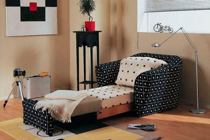 Ремонт кресла-кровати от компании ГлавМебельРемонт
